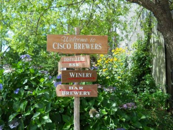 Sign post for Cisco Brewers